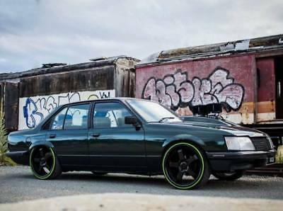 Holden Commodore VH SLE 4.2L V8 Rolling shell Unfinished Project **NO RESERVE**