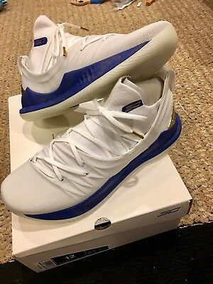 the latest a0e03 fdfc7 UNDER ARMOUR STEPHEN Curry 5 Limited Edition White LE PE Sz 12