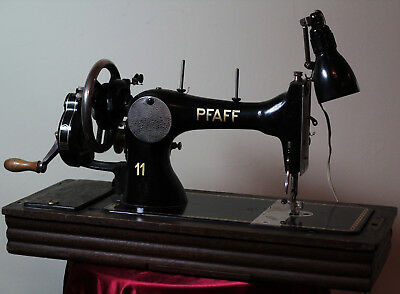 Pfaff 11 Vintage Sewing Machine - with lockable case, light, turns