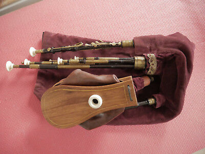 Northumbrian Smallpipes 11 keys made by David Burleigh