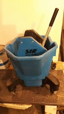 Professional Industrial 20L Wringer Mop Bucket Wheel Kitchen Commercial