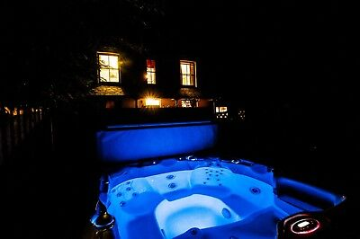 Luxury 5 star holiday cottage with hot tub Aberystwyth West Wales 13 -20 July 19