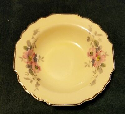 1 W.S. George Canarytone Porcelain China Dessert/Berry Bowl #172A