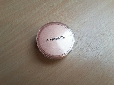 MAC Quiver Pearlizer Sheer Pigment discontinued highlighter bronzer eyeshadow