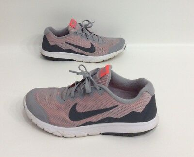 28f954c6375 Nike Flex Experience Rn 4 Women s Gray Athletic running Shoes Size 9