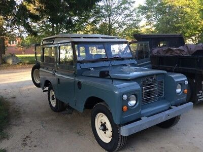 1970 Land Rover Series IIA  Land Rover Series IIA