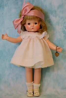 "14"" Effanbee ""Patricia"" Composition Doll from 1946 Excellent Condition!"