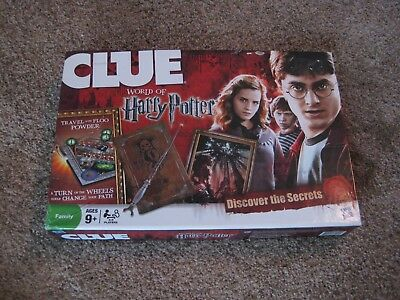 CLUE World of Harry Potter Board Game Discover the Secrets FUN Family Kids 2011