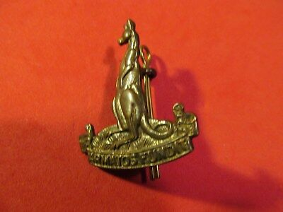 WW2 Canadian 1st Canadian Armoured Personnel Carrier Regiment  Cap Badge