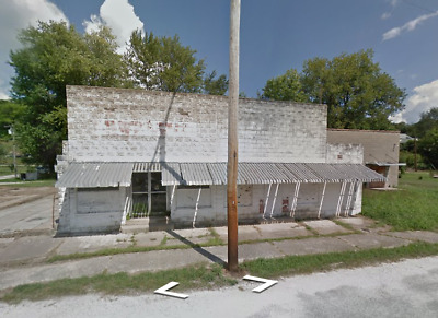 NO RESERVE!!! Commercial Bldg. in IL UP FOR AUCTION!!!