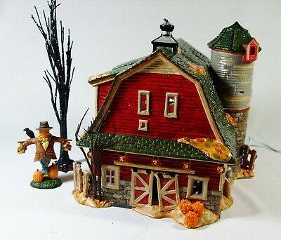 Vtg Dept 56 Halloween HAUNTED BARN Gift Set Sound Scarecrow Used w/box Excellent