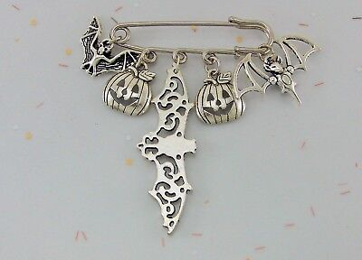 Halloween BATS BROOCH w/ 3 different Bats and Jack-O-Lantern Charms