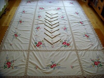 Vintage Large Hand Embroidered Tablecloth & 8 Napkins Lace Roses Christmas