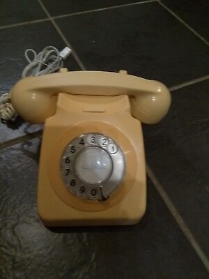 Vintage telephone 1970's. Ivory. Good working order