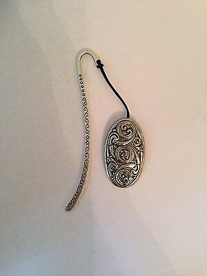 Celtic Shield PP-G36   Pattern bookmark with cord 3D English pewter charm