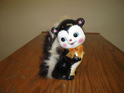 "Vintage Ceramic 6."" tall Skunk Coin Bank w/ Stopper & Real Fur Norleans Japan"