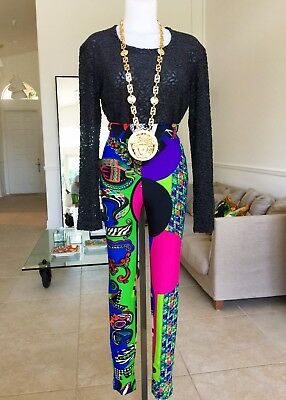 29f73b7e7a44 GIANNI VERSACE COUTURE iconic Vogue printed high waisted leggings Pop Art