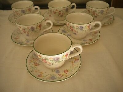 Gorgeous Churchill Floral print 6 x Cups & Saucers
