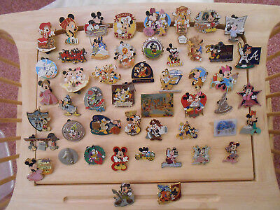 Disney  50 Pin Lot - 12112018 - Lot 10