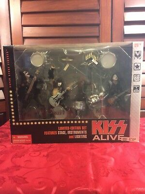 KISS Alive 2002 Special Boxed Set Limited Edition Action Figures NIB
