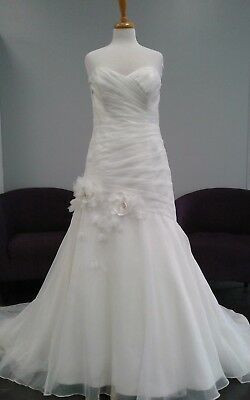 Alfred Angelo Wedding Gown #2481 size 16 Ivory strapless mermaid STUNNING