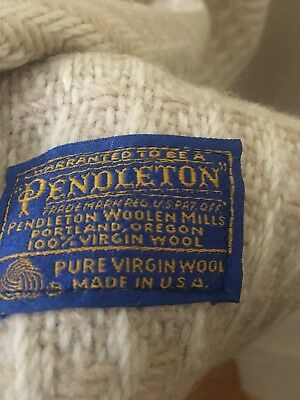 Vtg PENDLETON Wool Throw Cream & White Herringbone Throw Blanket 67 By 52
