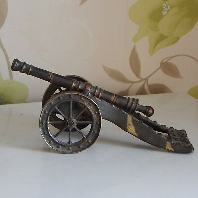 Fine antique model brass and patinated metal cannon