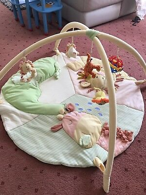 Fisher Price Baby Gym Play Mat Activity Center Kick and Tummy Time