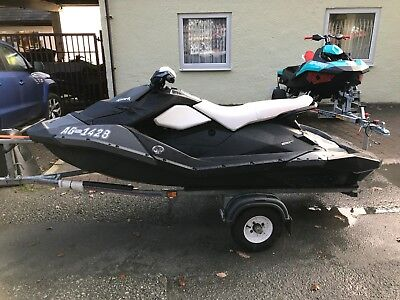 2015 Seadoo Spark 3up 90hp iBR - Trailer - Cover - 3 months Warranty!