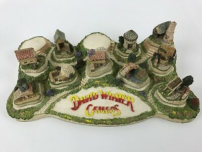 David Winter Cameos With Diorama - 11 Piece Set - Missing 2