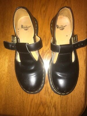 DR MARTENS BLACK LEATHER MARY JANE SHOES SIZE 5. Good Condition.