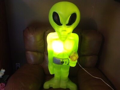 Vintage Halloween Blow Mold Light Up Alien Decoration 36 Inches Tall Rare