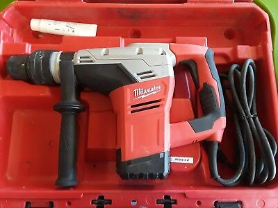 "Milwaukee 5317-20 1-9/16"" SDS-MAX Rotary Hammer w/Case dated 2018"