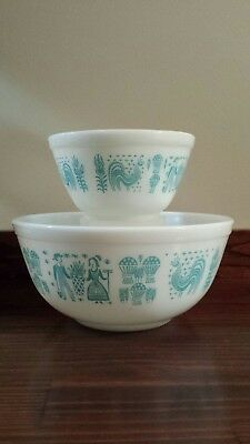 Vintage PYREX 402 & 407 Amish Butterprint Mixing Bowls White/Turquoise Rooster