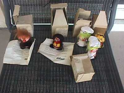 1972 Kellogg's Cereal Premium Giveaway (5) Little People In Boxes & Notification