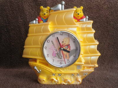 WINNIE THE POOH Battery Operated Quartz Clock - (H) 21cm