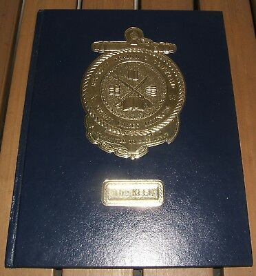 2009 US NAVY Recruit Training Command GREAT LAKES IL ILLINOIS Yearbook