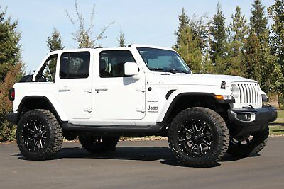 2018 Jeep Wrangler Sahara JL Unlimited Premium Lifted and Loaded 2018 Premium Sahara JL Unlimited  3.6L V6 Auto 4WD SUV Lifted and Loaded 4x4