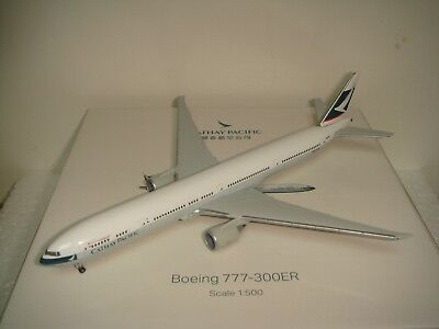 """Herpa Wings 500 Cathay Pacific Airways CX B777-300ER """"1990s color 1:500 NG B-KPE"""