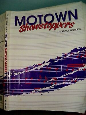 MOTOWN - SHOWSTOPPERS, Piano/vocal/chords, 1993 CPP/Belwin Songbook Music Sing