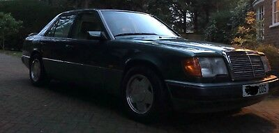 Mercedes-Benz 300E-24v W124 Salon 4 door Auto VERY RARE CARAT DUCHATELET Edition