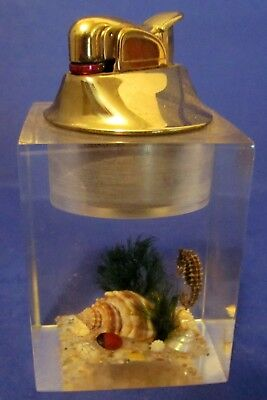 Vintage EVANS usa SEASCAPE Clearfloat Acrylic Table LIGHTER Seahorse Starfish
