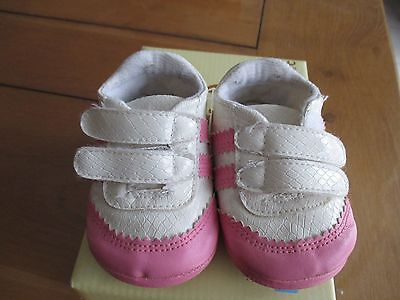 Chaussures 18 /19   fille
