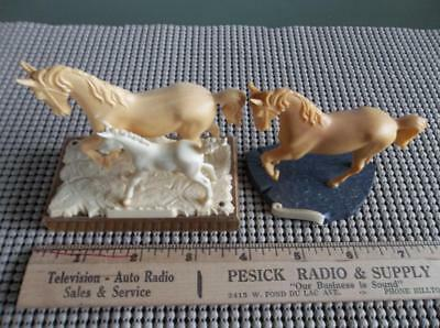 West German Plastic Horses Mares & Colt Mounted on Wood Plastic Relief Base EUC