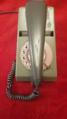 1970s VINTAGE RETRO TRIMPHONE