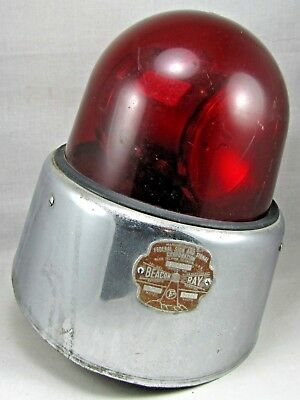 Vintage Federal Sign & Signal Corp. Beacon-Ray Model 17-D Red Police Light 12DC