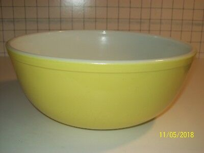 Vintage Yellow NESTING BOWL PYREX OVENWARE MIXING Primary Colors 4 QT. #404