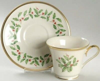 Lenox HOLIDAY Holly Berries Ivory Porcelain 24KGold Footed Tea Cup & Saucer Set