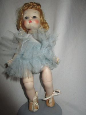 Beautiful Madame Alexander Wendy-kins  ballerina doll in original outfit tagged