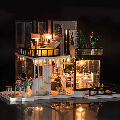 Miniature Dollhouse DIY Handcraft Kit Furnitures Wooden House Romantic House NEW